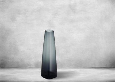 SP-I_X_I_Vase_glass_180_mm_dark_grey